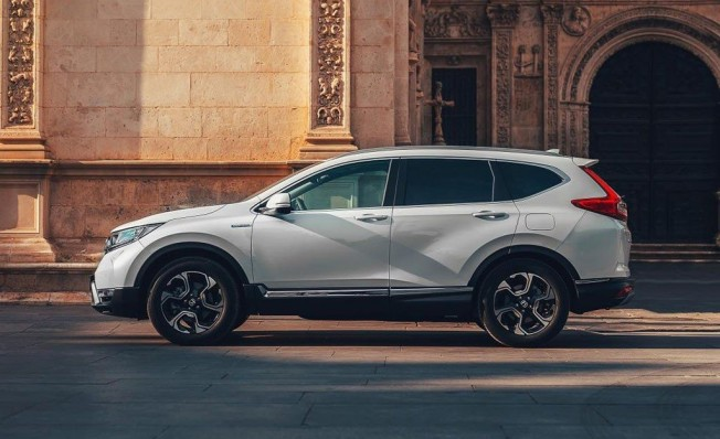 Honda CR-V Hybrid - lateral