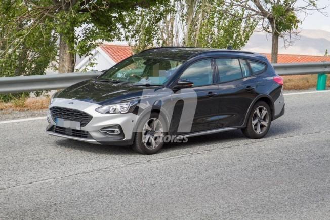 Ford Focus SportBreak Active - foto espía