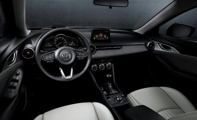 Mazda CX-3 2019 - interior