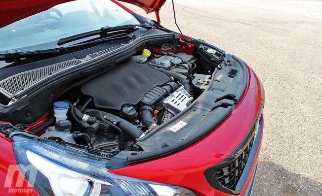 Peugeot 2008 GT Line - motor