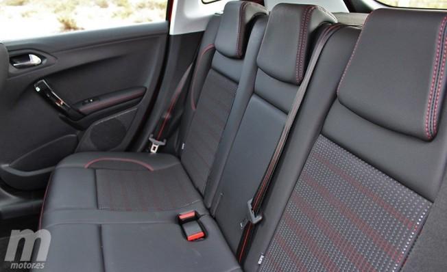 Peugeot 2008 GT Line - interior