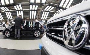 Volkswagen anuncia un paro en la producción del Golf para octubre