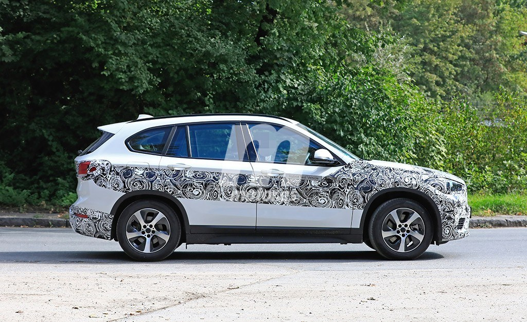 2019 - [BMW] X1 restylé [F48 LCI] Bmw-x1-hibrido-enchufable-fotos-espia-201850756_5