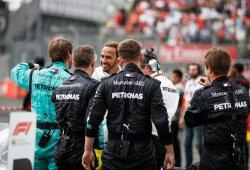 Allison y Wolff agradecen a Hamilton que haya mantenido a Mercedes en la lucha