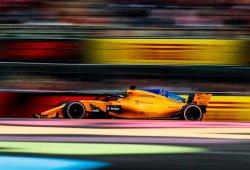 """Alonso: """"Los trozos entraron en el radiador, quizá dañaron el sistema de refrigeración"""""""