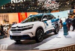 Citroën adelanta el C5 Aircross híbrido enchufable con un concept car