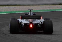 La FIA aprueba las luces en el alerón trasero y la bandera a cuadros digital