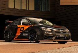 Un grupo de universitarios crea un Honda Civic híbrido para Rallycross