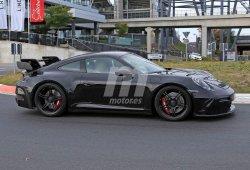 El futuro Porsche 911 GT3 2020 rugiendo en Nürburgring [vídeo]