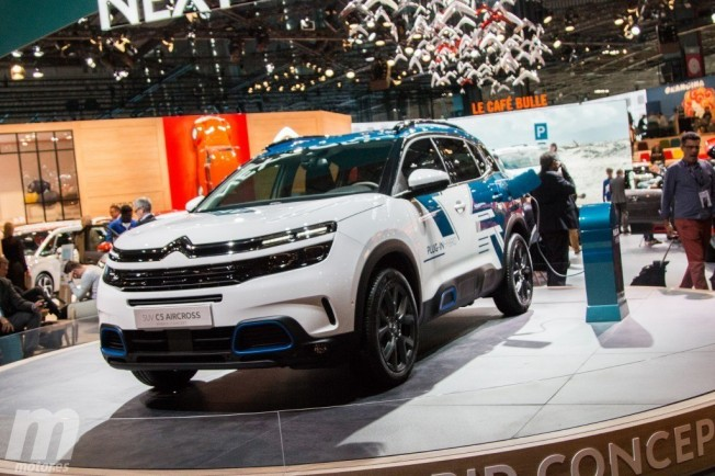 Citroën C5 Aircross Hybrid Concept - lateral