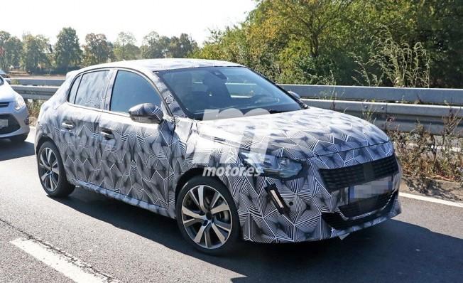 Peugeot 208 2019 - foto espía