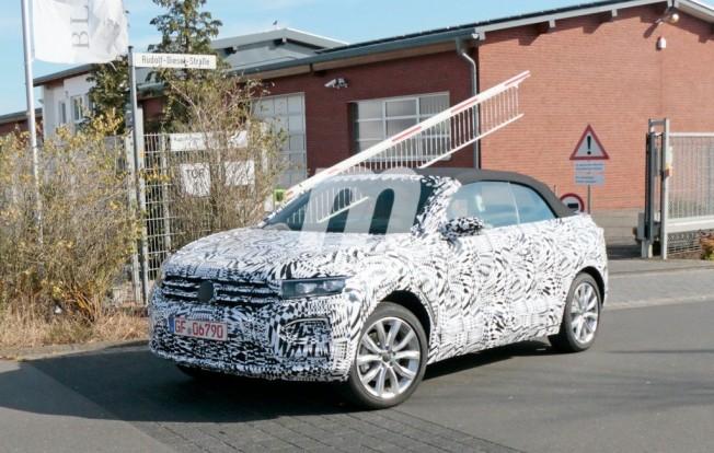 Volkswagen T-Roc Cabrio 2020 - foto espía