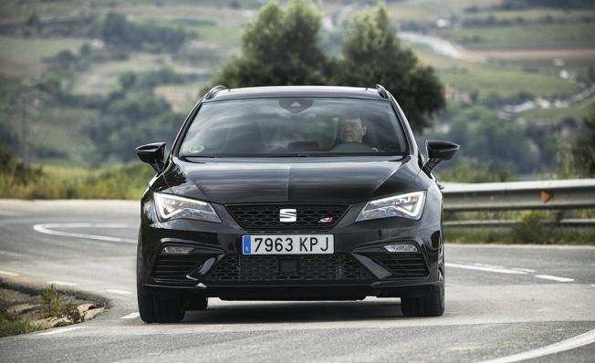 SEAT León ST Cupra Black Carbon - frontal