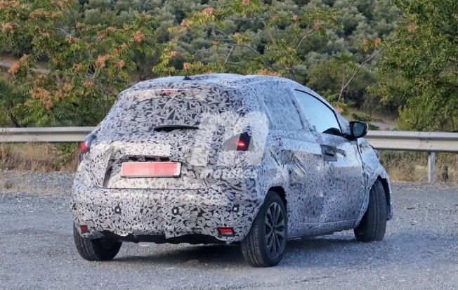 Renault Zoe 2020 - foto espía posterior