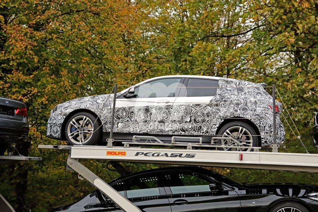 2018 - [BMW] Série 1 III [F40-F41] - Page 9 Bmw-serie-1-f40-2019-fotos-espia-201851582_9