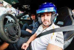 """Alonso: """"Pruebo un coche de la NASCAR por pura diversión"""""""