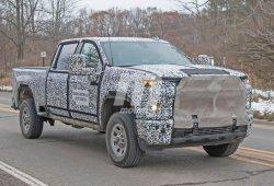 Los prototipos del Chevrolet Silverado HD 2020 pierden camuflaje