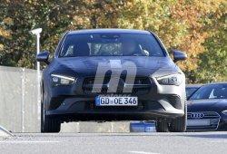 Nuevas fotos espía de la segunda generación del Mercedes CLA permiten ver más detalles