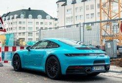 Avistado el nuevo Porsche 911 (992) en el estridente tono Miami Blue