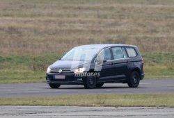 Volkswagen Variosport, las fotos espía del nuevo monovolumen de 7 plazas que jubilará al Sharan