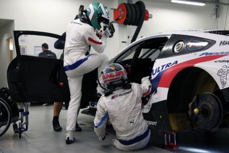 Álex Zanardi realiza el primer test con el BMW M8 GTE