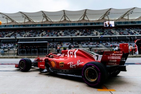 Ferrari realiza una selección de neumáticos más conservadora que Mercedes para Abu Dhabi