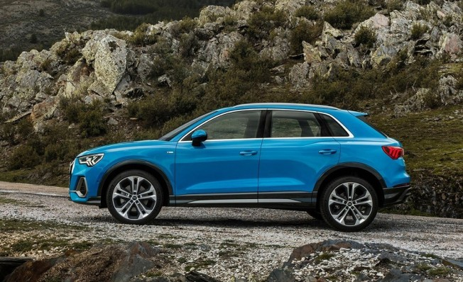 Audi Q3 2019 - lateral