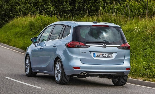 Opel Zafira - posterior