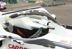 """La FIA confirma que """"el endplate de Alonso habría golpeado el visor de Leclerc"""" sin el Halo"""