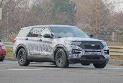 El nuevo Ford Explorer Hybrid Interceptor policial se deja ver en Detroit