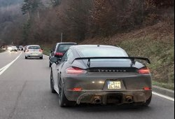 El nuevo Porsche 718 Cayman GT4 avistado en la calle