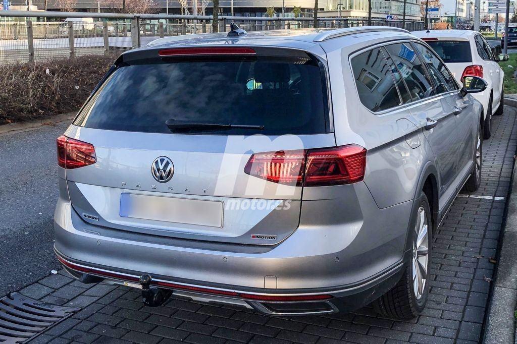 2019 - [Volkswagen] Passat restylée - Page 3 Volkswagen-passat-alltrack-fotos-espia-destapado-201852627_2
