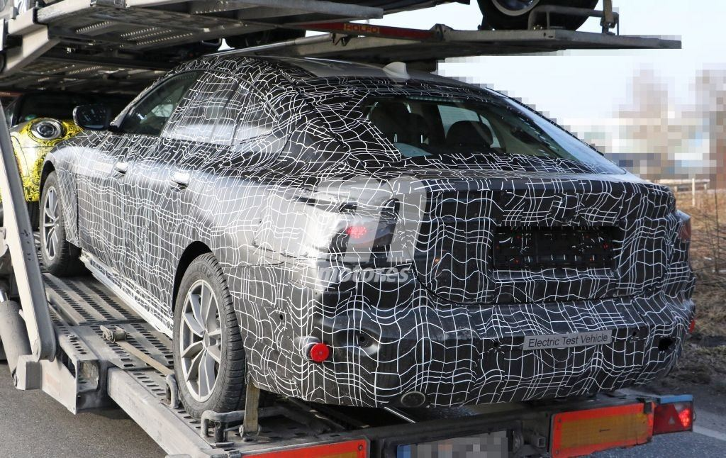 2021 BMW i4 16