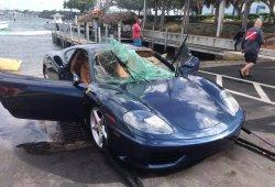 Un Ferrari 360 Modena acaba en el fondo del mar [con vídeo]