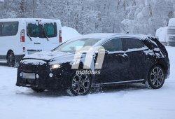 Kia XCeed, el renovado compacto coreano se transforma en un SUV