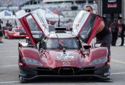 Mazda lidera el primer test, Alonso debuta en el Cadillac