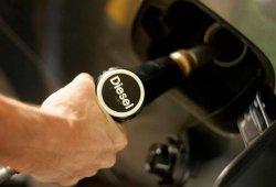 El Gobierno anuncia que el diésel se encarecerá 3,8 céntimos por litro