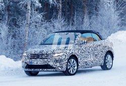 ¿SUV y descapotable? El Volkswagen T-Roc Cabrio vuelve a ser cazado