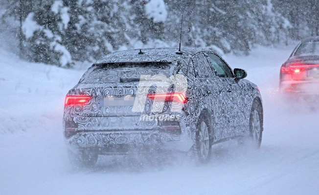 Audi Q4 - foto espía posterior