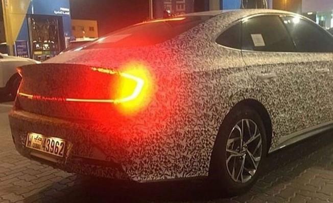 2020 - [Hyundai] Sonata VIII Hyundai-sonata-2020-luces-traseras-201954017_2