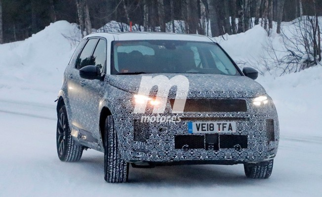 Land Rover Discovery Sport 2020 - foto espía frontal