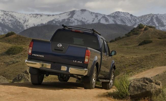 Nissan Frontier - posterior