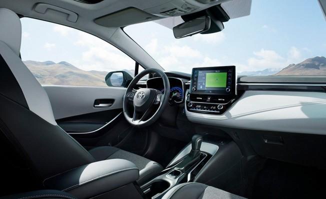 Toyota Corolla 2019 - interior