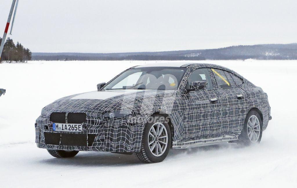 2021 BMW i4 32