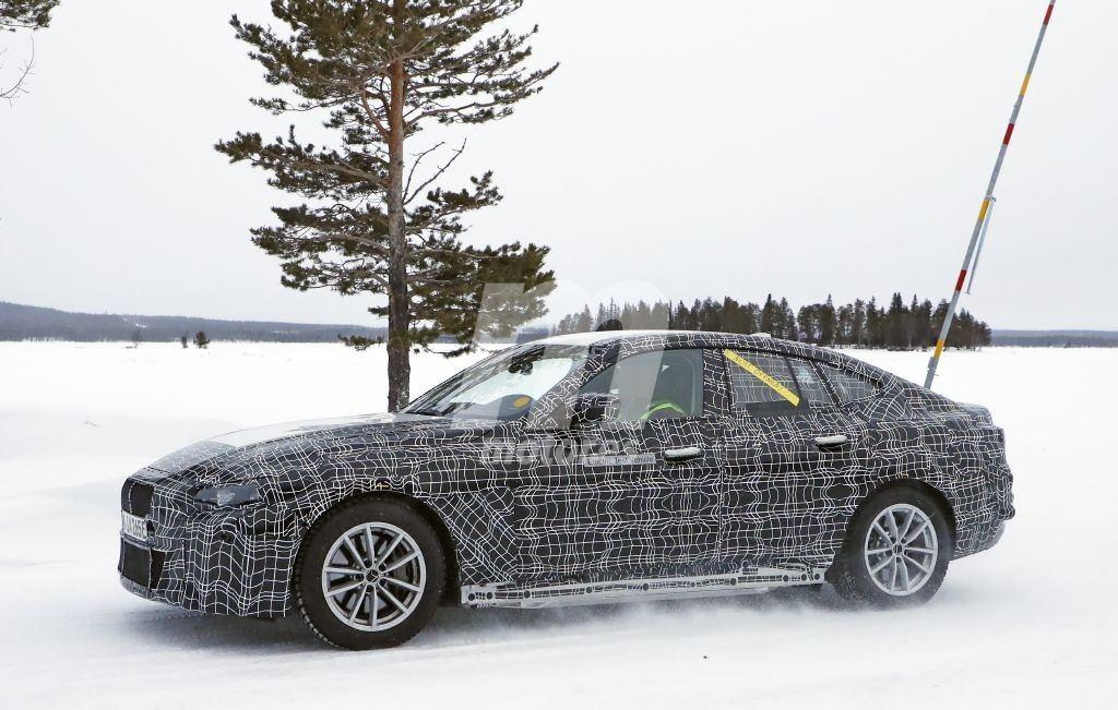 2021 BMW i4 33
