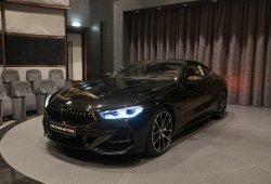 El BMW M850i luce elementos de carbono gracias a BMW Individual
