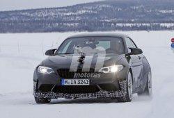 El nuevo BMW M2 CSL 2020 vuelve a dejarse ver, esta vez en las pruebas de invierno
