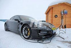 Los prototipos del Porsche Taycan con todo detalle desde muy cerca