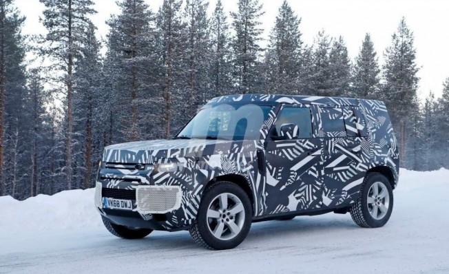 Land Rover Defender 2020 - foto espía