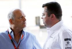 Boullier, la primera reunión con Honda, Dennis y un contrato firmado a destiempo